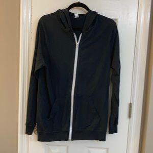 Black zipper hoodie. T-SHIRT THICKNESS SZ Med